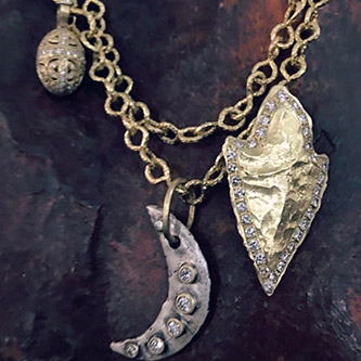 Iris Design at Barbara Pizik