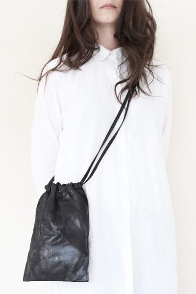 satchel bag light black by tagliovivo